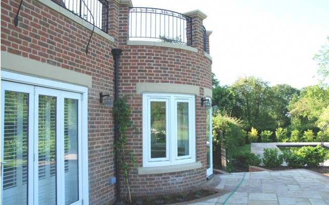 Home architecture in Newbury by Inspiration Architects, rounded wall as part of the extension.