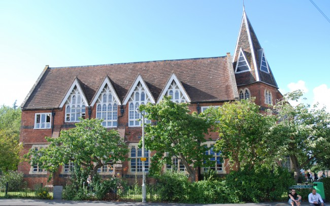 Newbury Hall School remodelled by Inspiration Architects, project Architect in Berkshrie